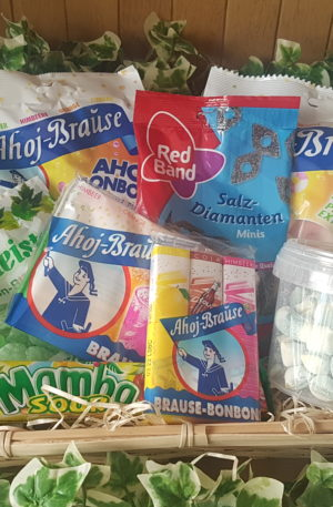 Sweet Tooth Hamper (No. 3)